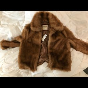 Abercrombie & Fitch faux fur coat never been worn